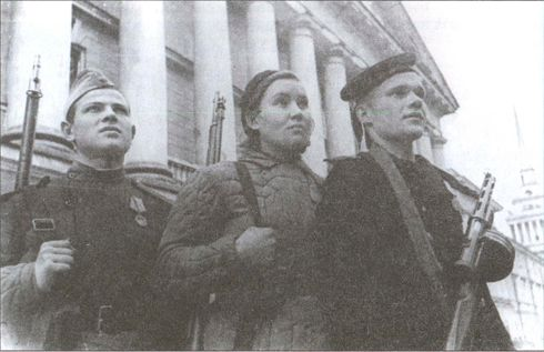 У стен Ленинграда