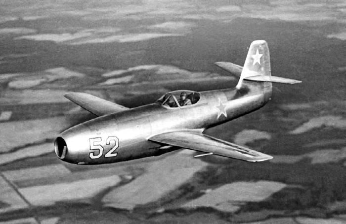 Опытный экземпляр Як-23 в