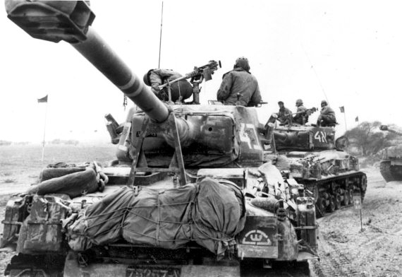 Израильские танки в бою