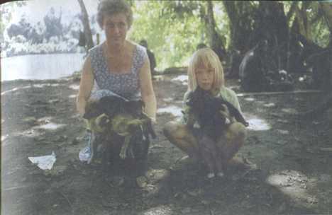 Голая мама с ребенком фото