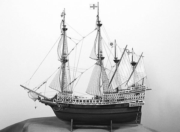 Книга: 100 великих кораблей