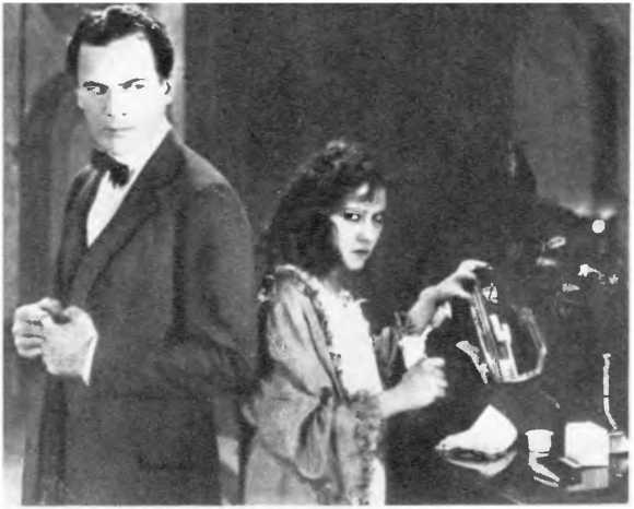 Всеобщая история кино. Том 4. Часть 2. Голливуд. Конец немого кино, 1919-1929